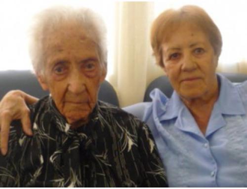 Amics de la Gent Gran busca voluntaris de Sabadell per fer acompanyament emocional a les persones que se senten soles a la vila