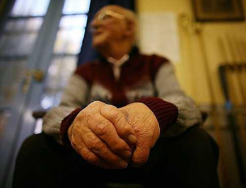 El 80% del maltractament a gent gran es dóna en l'àmbit familiar