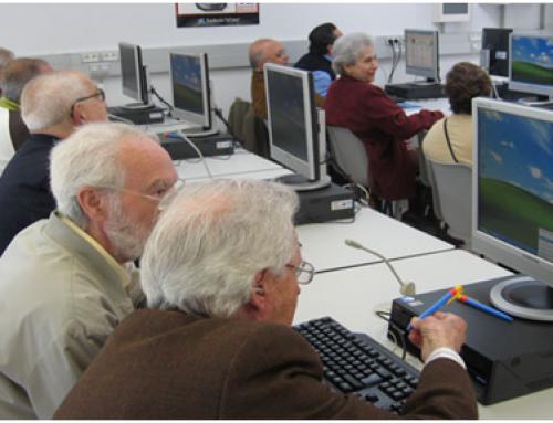 Els esplais de gent gran de Martorell obren inscripció als cursos d'informàtica per a majors de 55 anys