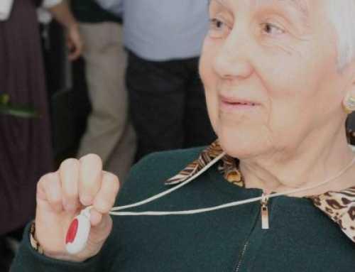 Santpedor cierra el primer trimestre del año con 123 ancianos con teleasistencia